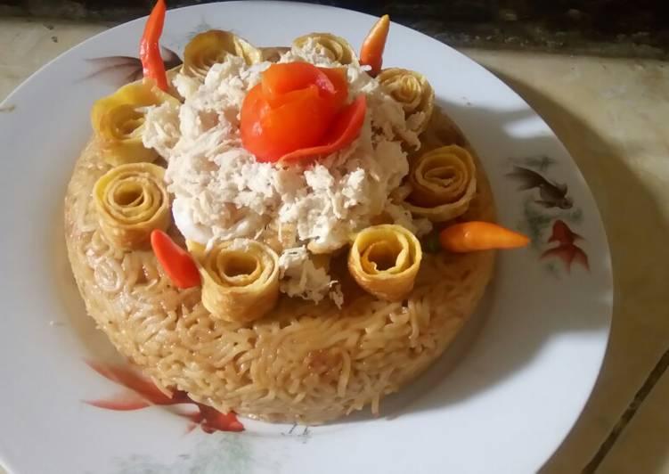 Indomie birthday cake - cookandrecipe.com