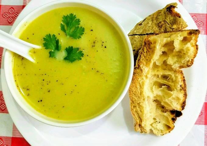 Healthy Pumpkin Peas Soup