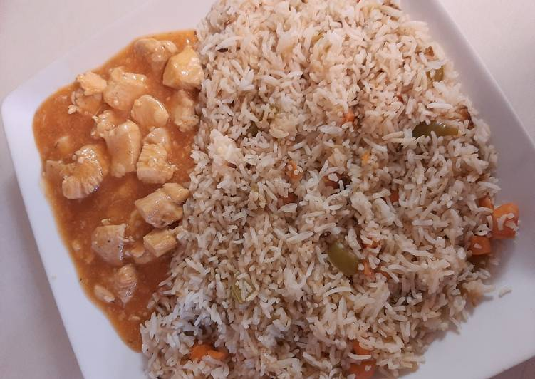 Delicious Chinese fried rice with Chicken manchurian