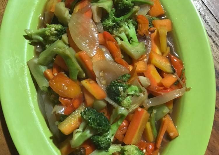 Brokoli wortel saus mentega