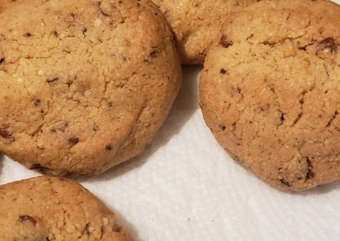 Delicious Keto Choc Chip Cookies