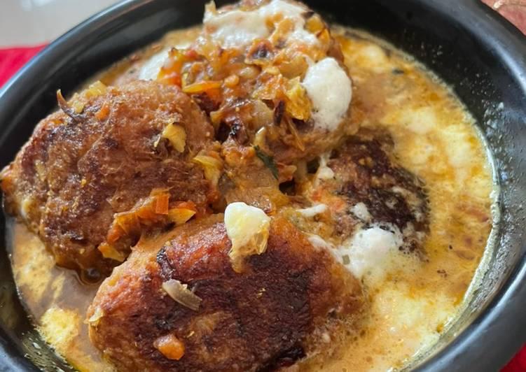 Any-night-of-the-week Masala Kadali Kofta Curry