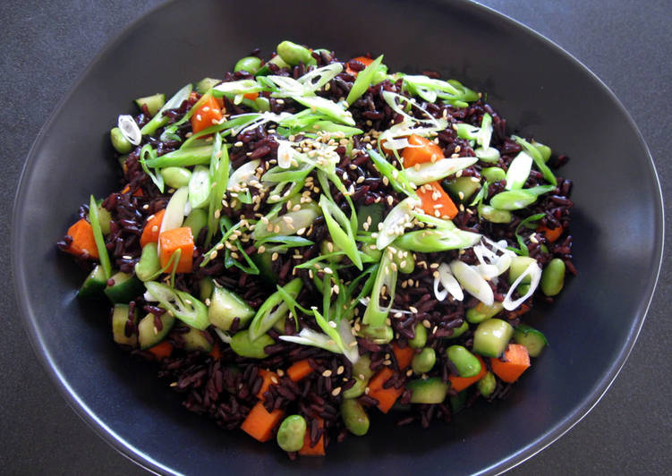 Easiest Way to Make Homemade Crunchy Edamame & Black Rice Salad