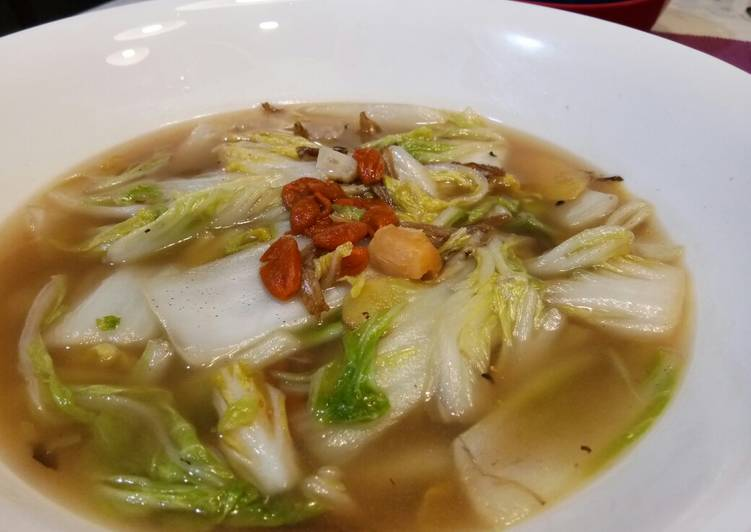 Chinese Cabbage with Scallop Soup, Apples Can Have Huge Advantages To Improve Your Health