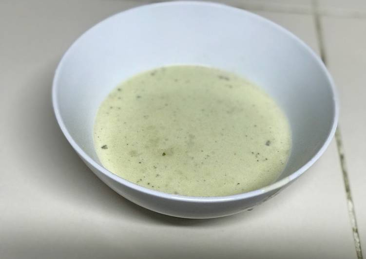 Quick and Easy Blue Cheese Sauce