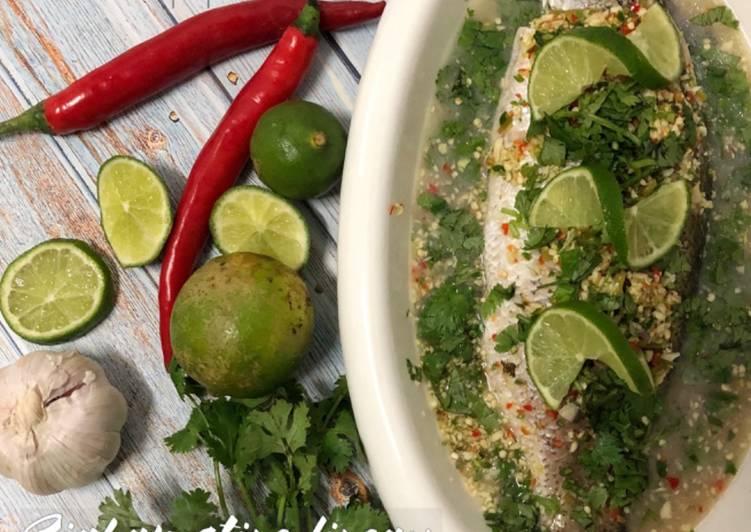 Cara Mudah Masak: Siakap stim limau (ikan)  Terbaru