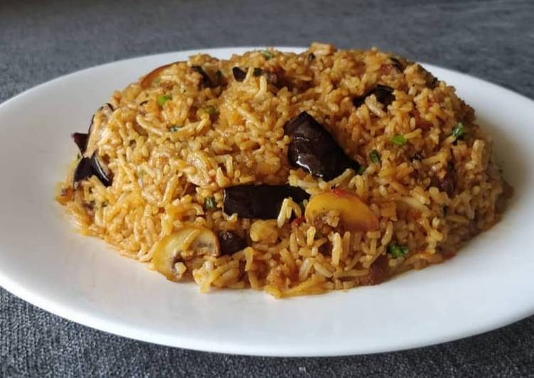 Eggplant and Mushroom Fried Rice