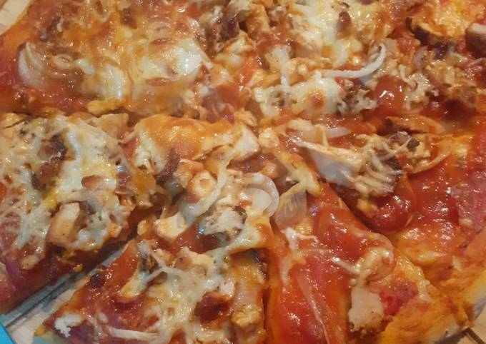 Leftover chicken roast Pizza