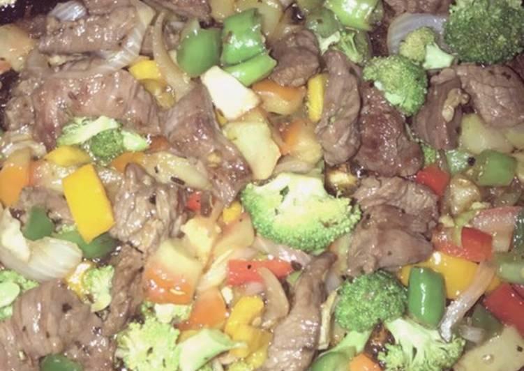 Steak and broccoli 🥦 stir fry