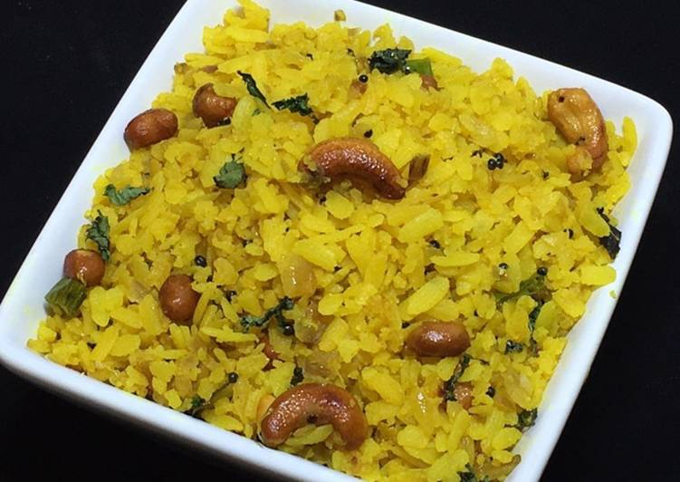 Easiest Way to Cook Yummy Healthy Breakfast Kanda Poha