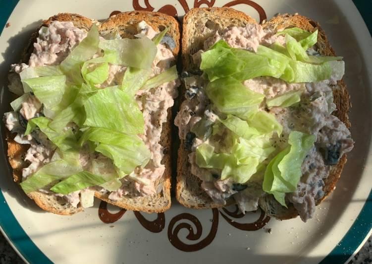 Recipe: Delicious Tuna Sandwich