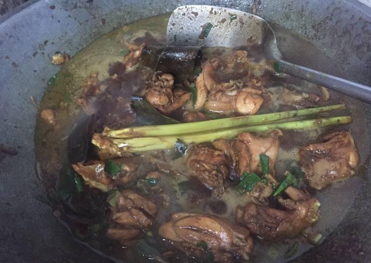 Rawon Ayam Nyuss.