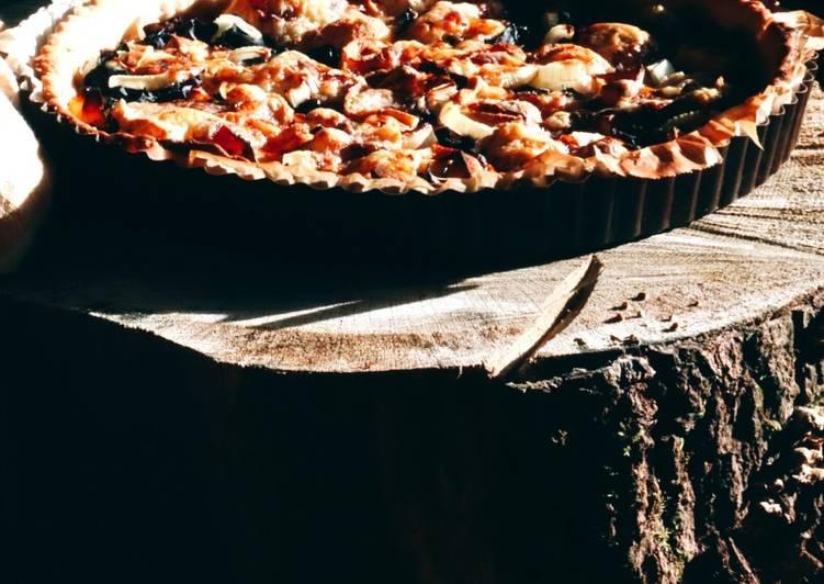 Recette: Tarte chou rouge, pommes et tomme de chèvre
