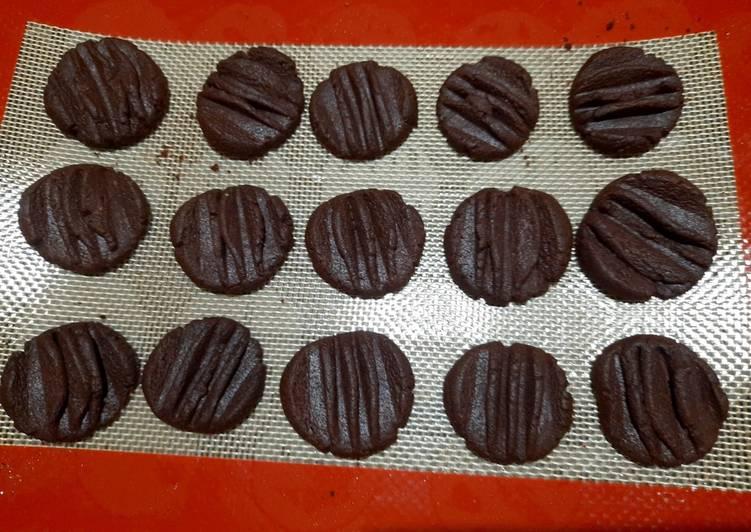 Cara Gampang Membuat Cookies coklat semprit yang Bikin Ngiler