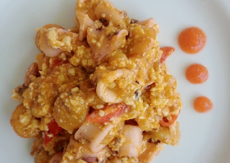 Seafood Saus Telur Asin