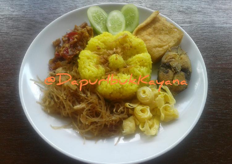 90 Nasi Kuning Magiccom Harum Gurih - cookandrecipe.com