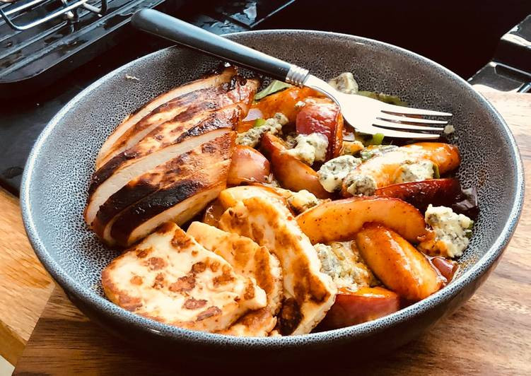 Chili, honey grilled nectarine on blue cheese salad bed with grilled Halloumi & Grilled Chicken