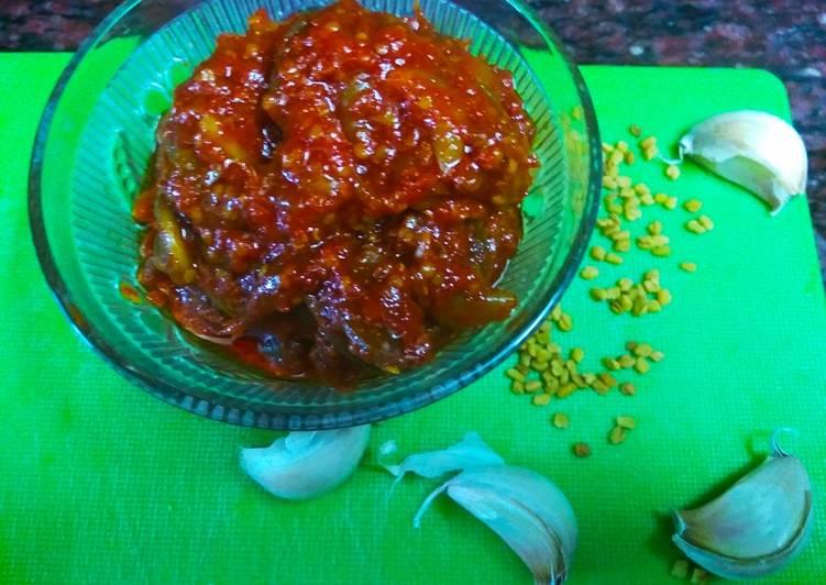 Steps to Prepare Super Quick Homemade Garlic Pickle