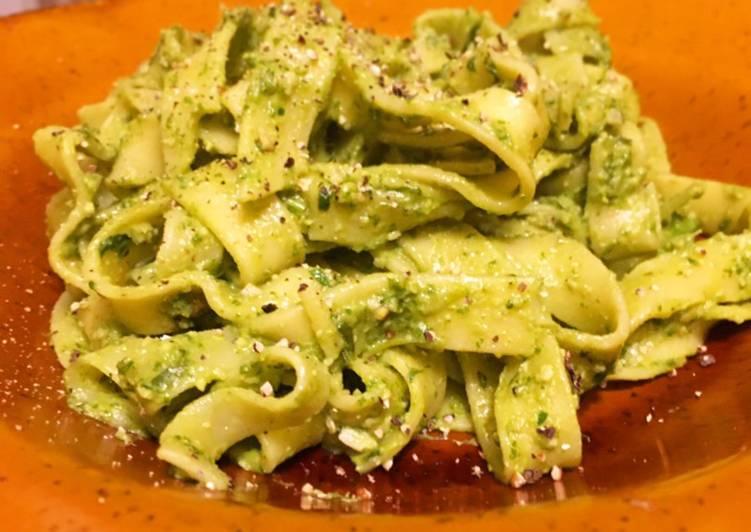 Recipe of Quick Vegan Pesto 💚