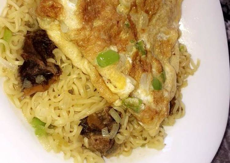10 Minute Steps to Make Quick Indomie noodles with egg