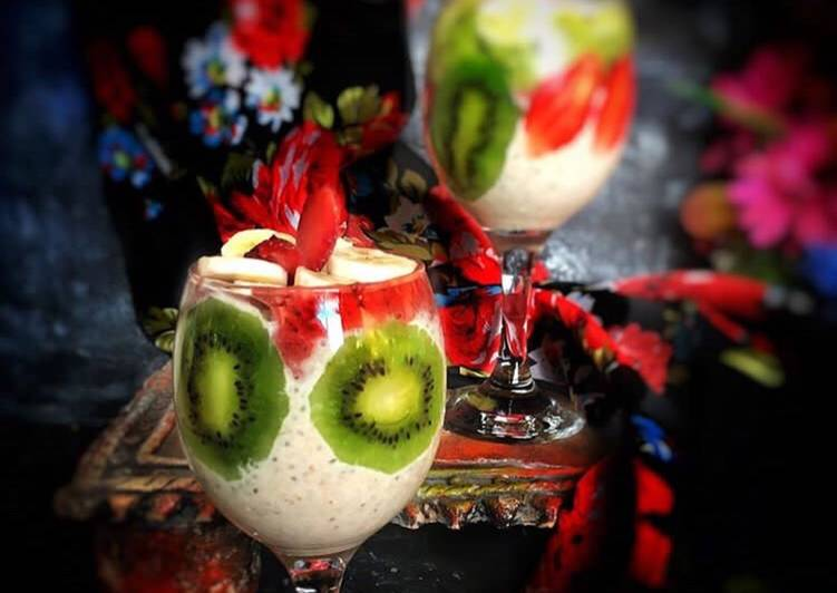 The Best Dinner Ideas Love Kiwi strawberry oats smoothie
