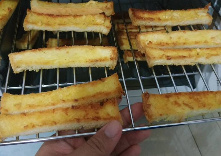 Resep Garlic bread ala Rumahan simple banget.. Favorit