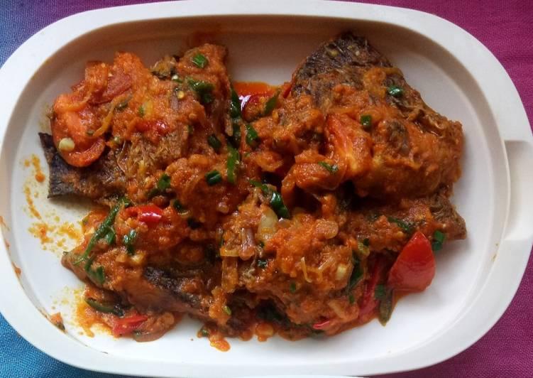 Ikan Nila masak kuning