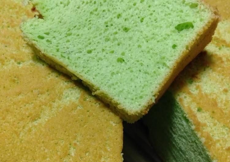 Coconut pandan chiffon cake atau chiffon santan pandan