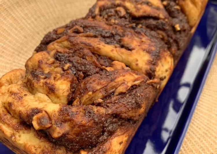 Babka polonaise chocolat/praliné /noisettes ??