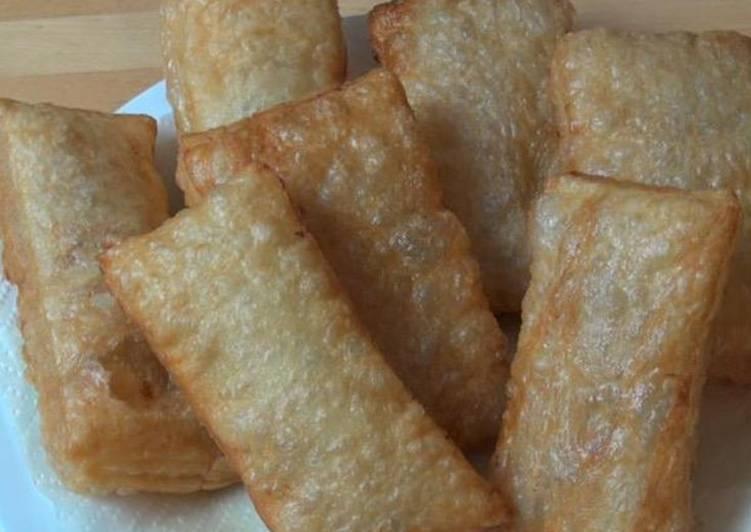 Fried potato puffs