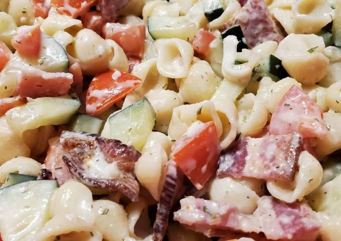 Lauren's Bacon Ranch Pasta Salad
