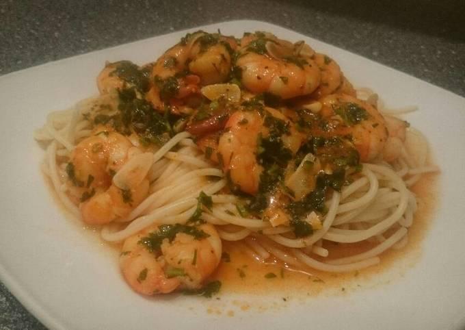 Garlic Prawns Spaghetti