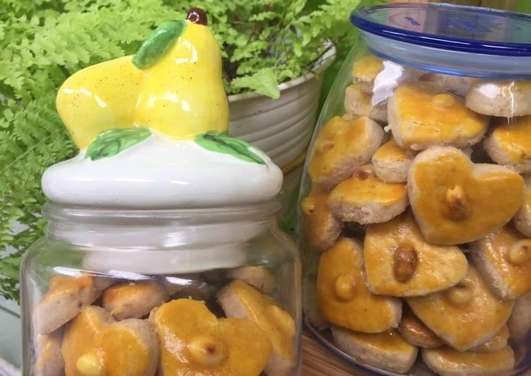 Kue Kacang ekonomis - 5 bahan saja - cookandrecipe.com