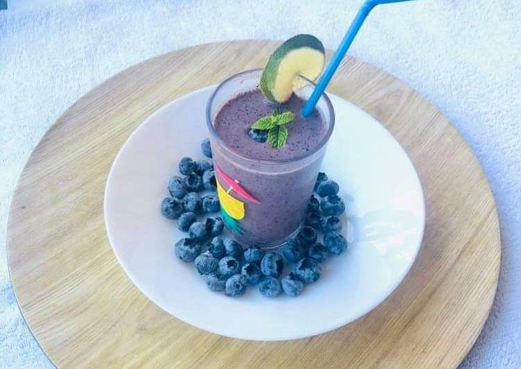 Recipe of Favorite Blueberry Smoothie