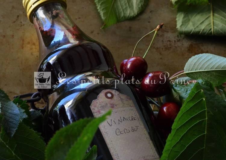 Recette antigaspi de vinaigre parfumé à la cerise