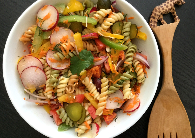 Easiest Way to Prepare Speedy Rainbow Garden Pasta Salad with Dill and Olives