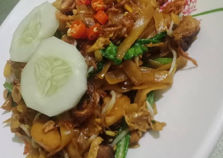 Resep Kwetiau Goreng Ayam Bikin Ngiler