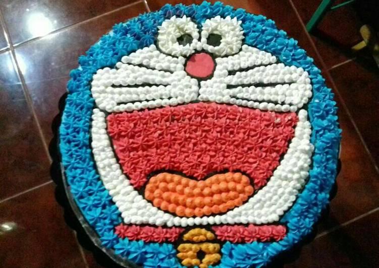 Doraemon Birthday Cake/Base Cake n ButterCream making - cookandrecipe.com
