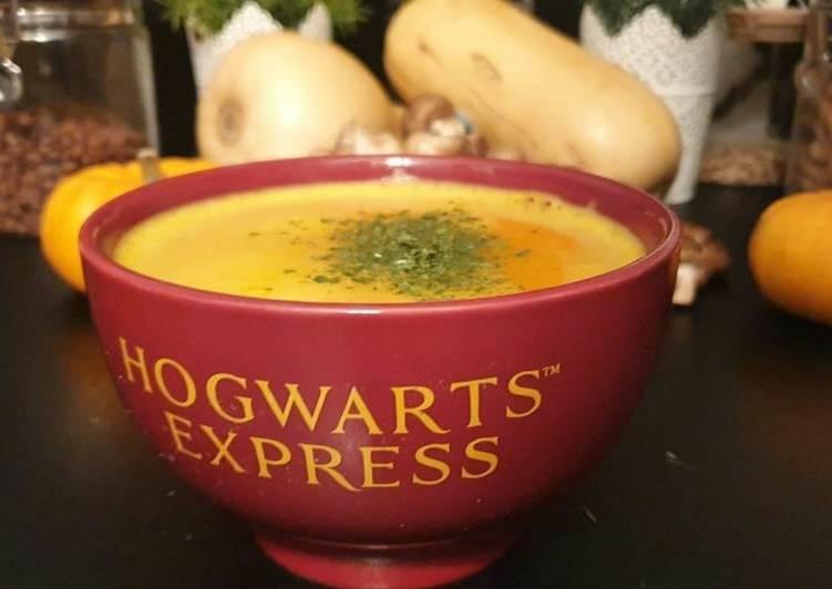 Délicieux La soupe au Putternut (butternut)