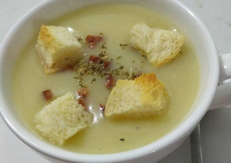 Potato and Cauliflower Soup