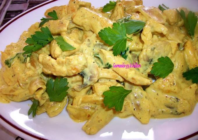 Émincé de poulet aux champignons frais, gingembre, curcuma & crème