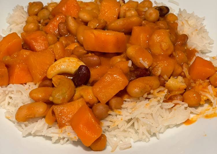 Veggie Sweet Potato and Bean Curry