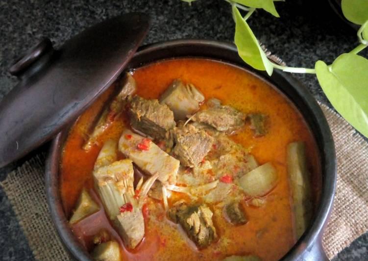 Gulai Nangka with Daging Sapi