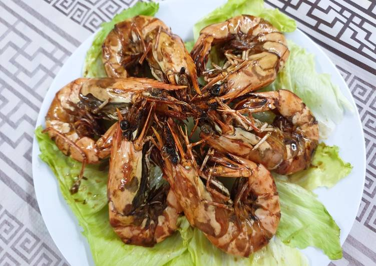 How to Make Yummy Soy Sauce Prawn 晒油王