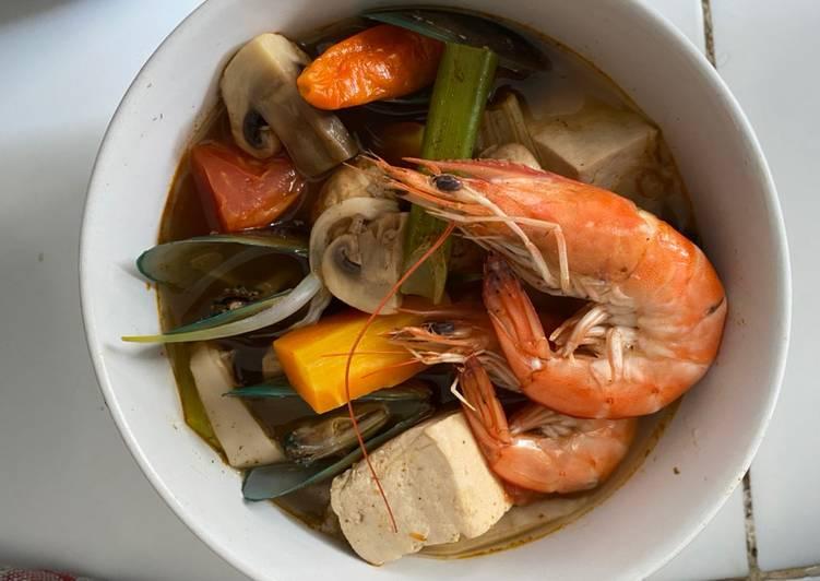 Tom Yum Seafood Jamur ala rumahan