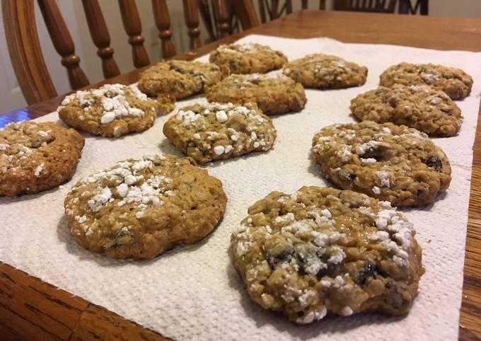 Recipe Crunchy Oatmeal Raisin Cookies