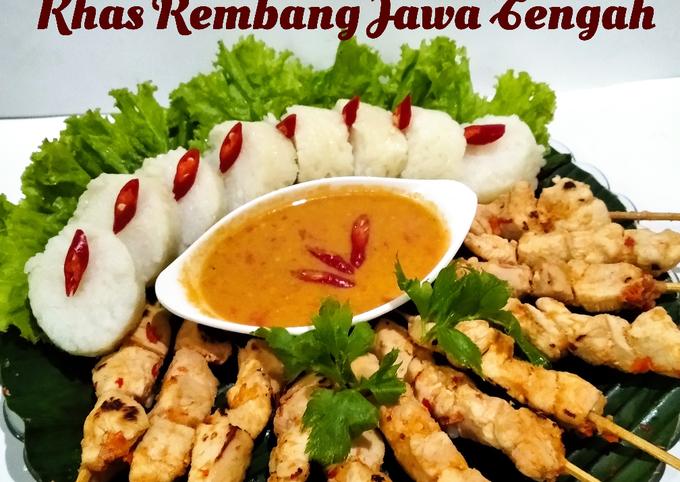 *Lontong sate Srepeh khas Rembang-Jawa Tengah*