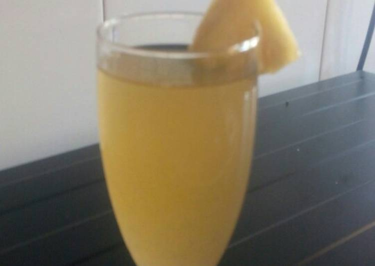 Step-by-Step Guide to Prepare Most Popular Pineapple Skin Juice