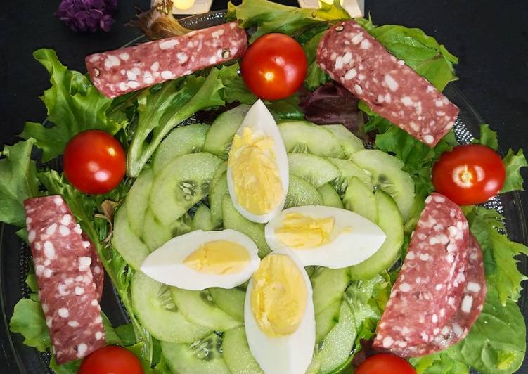Salade saucisson, concombre, tomates