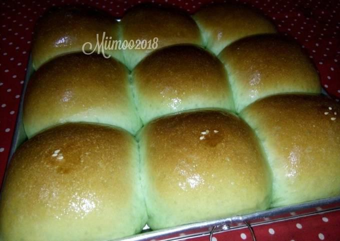 Resep Roti Manis Pandan Isi Kelapa Kamismanis Oleh Mimii Miimoo Cookpad